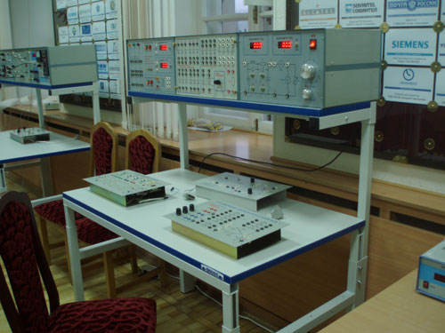 Установка по изучению электротехники и электроники